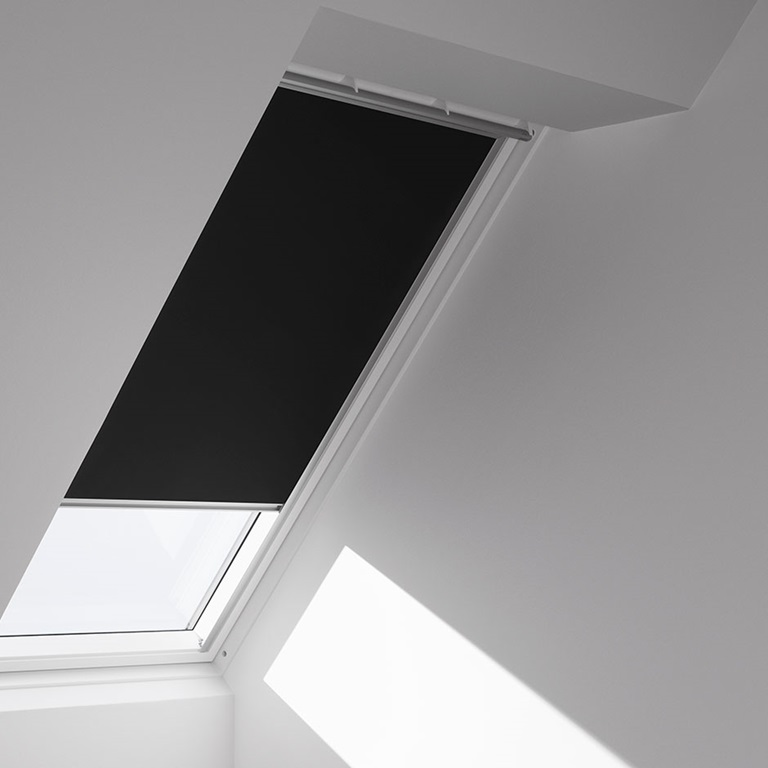 Installation instructions for Velux solar blinds installation instructions